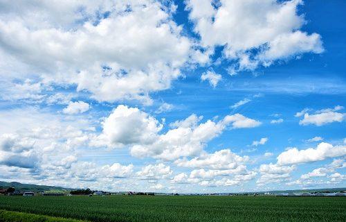 自由に生きたい時に見る空